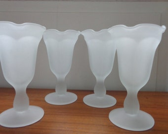 Vintage White Frosted Crystal Fountainware Sundae Set, Indiana Glass, Vintage Kitchen, Dining, Serving, Fountainware