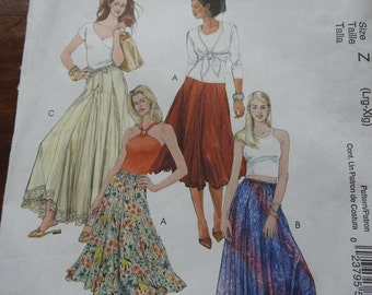 McCalls M5056 Women's Flared Skirts Sewing Pattern