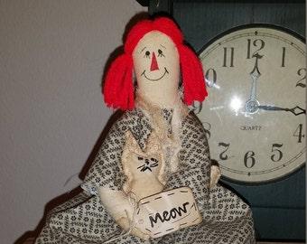 primitive OOAK rag doll Ann with kitty, OFG, FAAP, shelf sitter, raggedy Ann tuck, Raggedy Annie doll cupboard tuck, primitive Raggedy Ann