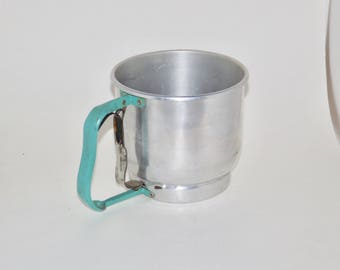 Foley 5 cup flour sifter,green handle,aqua,teal,squeeze handle,metal sifter,foley kitchen utensil,silver flour sifter,