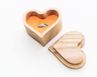 Ring box - Wood ring box - Wedding ring box - Engagement ring box - Rustic ring box - Proposal ring box - Ring bearer box - Rustic wedding