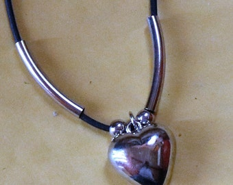Vintage New Silver Tone Heart Corded Necklace