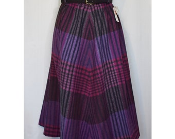 Sibley's NOS 70s Plaid Belted A-Line Skirt