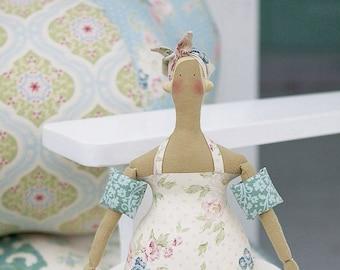 Wonderful Tilda sewing kit: swimming GIRL