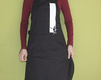 Out of The Box Apron with pockets