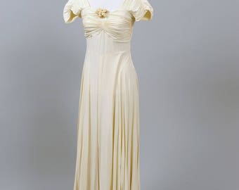 1940 Vanilla Crepe Vintage Wedding Gown