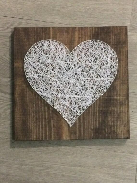 hnliche artikel wie string art herz holz square weisser string dunkel gebeizt handarbeit. Black Bedroom Furniture Sets. Home Design Ideas