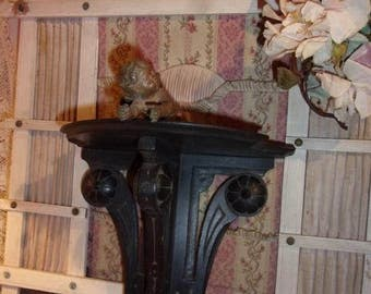 charming old shelf, console