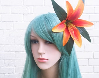 Orange Hair Flower, Orange Tiger Lily, Lily Fascinator, Pin Up Hair, Hair Clip, Hair Flower, Wedding Fascinator, Races Fascinator, Ascot