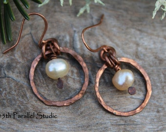 Freshwater Pearl Copper Earrings, Handcrafted Copper Pearl Earrings, Cultured Pearl Jewelry, Rustic Pearl Jewelry, Pearl Copper Earrings
