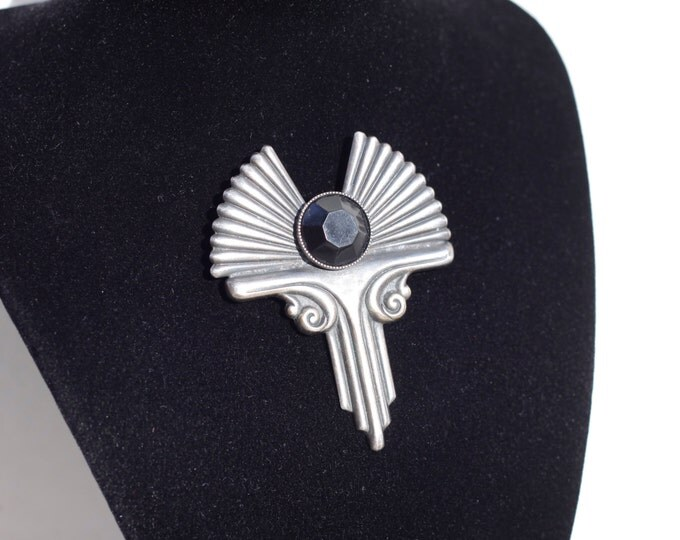 Art Deco brooch, silver toned Mad Men costume jewellery, ladies accessory, Egyptian revival brooch, Art deco revival, Christmas gift idea