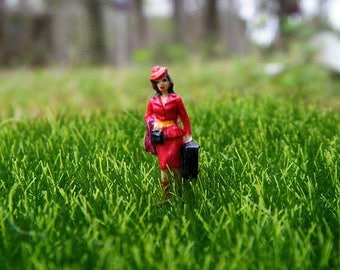 Where in the World is Carmen Sandiego? In your Terrarium! Miniature figurine inspired by the 90's charecter