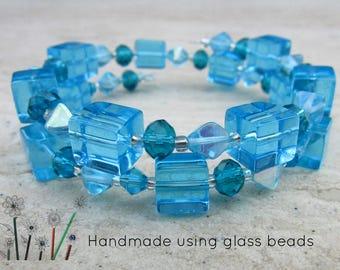 Womens Bead Bracelet, Adjustable Memory Wire Wristlet, Elegant Blue Glass Bracelet, Cube Beads, Ladies Bracelet, Wrist Wrap Jewellery Gift,