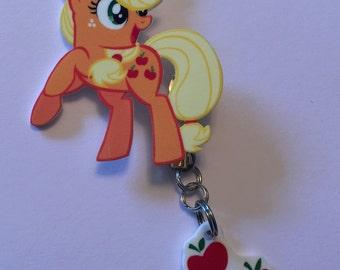 Applejack pin with cutie mark