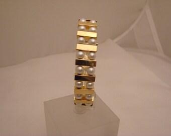 Vintage Pearl and Gold Bracelet