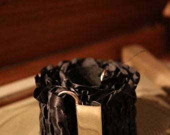 80s belt true vintage black shirred 59 cm ornamental waist belt buckle silver shiny gothic goth festive fabric