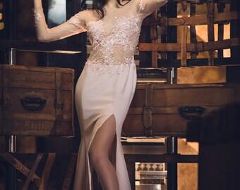Soft pink wedding dress, Floral classic dress, Illusion chick wedding dress, Tulle slit wedding dress, Elegant embellished open back dress