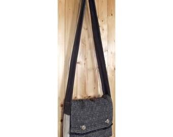 Gray and beige shoulder bag