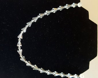 Austrian Crystal Clear retro necklace, simply elegant!