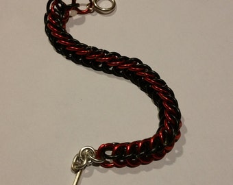 Red/Black Half-Persian 3in1 Chainmaille Bracelet
