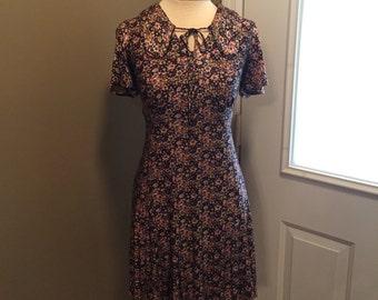 Vintage 1970s Floral Mini Dress