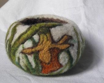 Wool decorative vessel