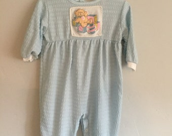 1980s Infant Girl Peek-A-Babe  Baby Blue Footed Pajamas Large 16.5 - 20 lbs with Teddy Bear on front