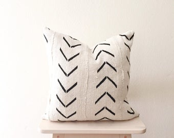 White Large Arrows | Mudcloth Pillow