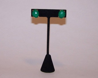 Jade green colored button EARRINGS
