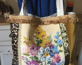 Vintage tapestry bag, Vintage French linen. Bag tote