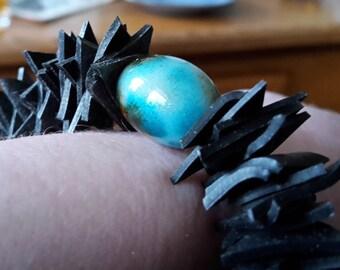 Rubber bracelet/bicycle tire