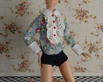 Momoko floral print lace top and shorts.