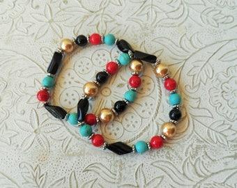 Set of 2 glass bead bracelets