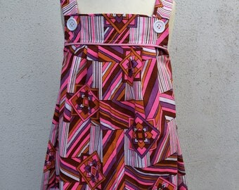 Girls pleated pinafore. Vintage geometric print. Size 2, 4, 5