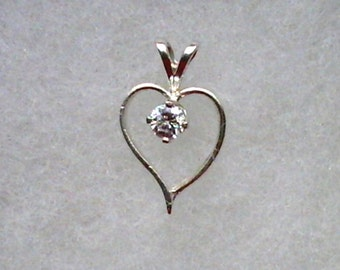 4mm White Cubic Zirconia in 925 Sterling Silver Open Heart Pendant Necklace