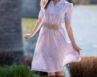 Vintage Pale Lavender Floral Shirt Waist Dress (Size Medium)