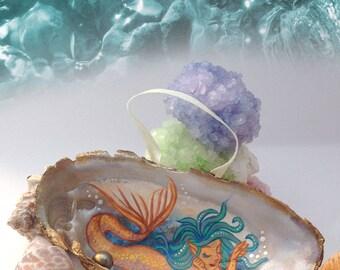 Mermaid Art/Mermaid Painting/Mermaid Decor/Painted Shells/Shell Art/Painted Ornament/Shell Ornament/Beach Decor/Nature Art/Nautical Decor