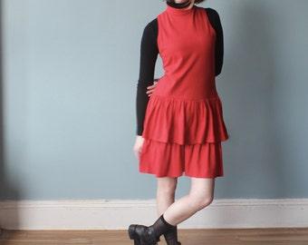 sleeveless tiered dress | red drop waist dress | 1980s small