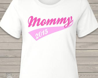 Mommy shirt -mommy or mommy to be ANY YEAR swoosh design custom sporty T-shirt MMGA1-045