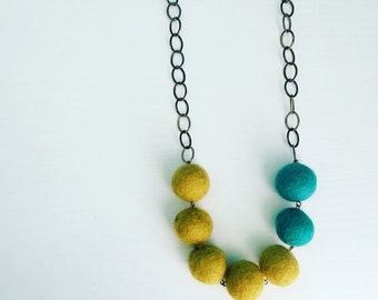 Montrose Felt Necklace in Kiwi / Turquoise, Green Blue Color Blocking, Felt Balls, Beaded Necklace, Gift for Her, Mom Gift, Gift Under 50