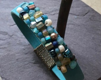 Beaded Turquoise Suede Leather Bracelet