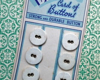 Briton Buttons - Antique Laundry Buttons on Original Card White Linen Cotton Vintage - Set of 6 in Total - underwear washing buttons