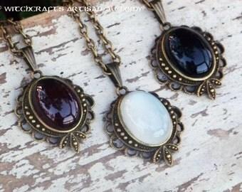 Garnet, Moonstone or Black Onyx Semi-Precious Oval Gemstone Vintage Style Pendant Necklace in Black Velvet Gift Bag