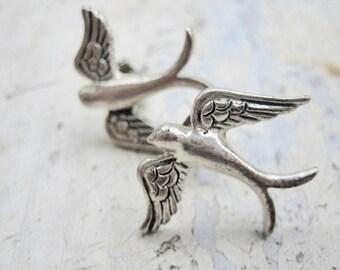 Vintage swallow bird earrings, Silver swallow bird earrings, Vintage bird earrings, Swallow stud earrings, 1950's swallow bird earrings