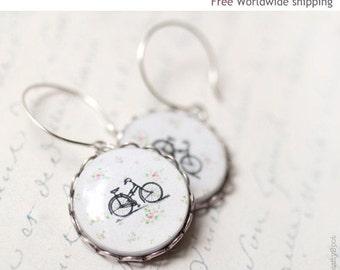Retro Bicycle earrings - Bike jewelry - Cute earrings (E025)