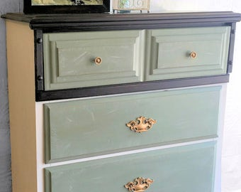 Mint Chocolate Chip 4-Drawer Dresser