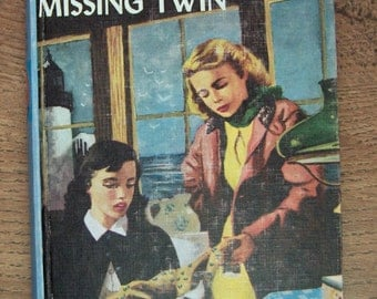 Vintage 1954 VICKI BARR The Mystery of The Missing Twin no. 10 in series picture cover guc