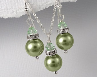 Green Swarovski Jewelry Set, Light Green Necklace and Earring Set, Light Green Bridesmaid Gift Jewelry Set, Light Green Wedding Jewelry Set