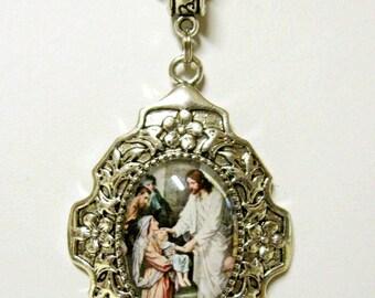 Christ the healer pendant - AP28-408