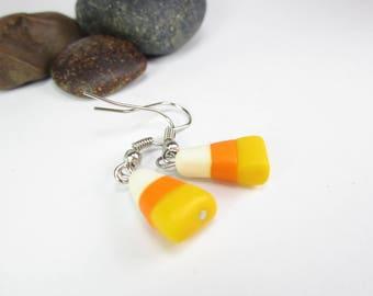 Candy Corn Earrings, Halloween earrings, food earrings, food jewelry, candy corn charm, polymer clay, Halloween jewelry, cute charm